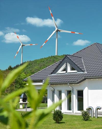 Windkraft in der Nähe eines Wohngebiets